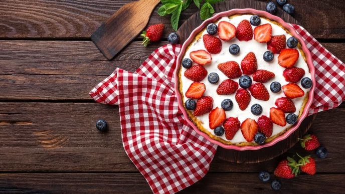 Strawberry Mouse Pie