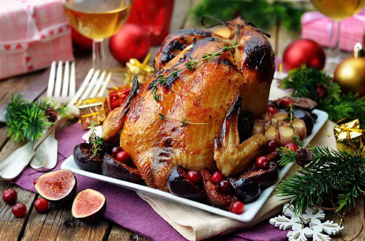 Roasted chicken with figs, cranberries and garlic for Christmas